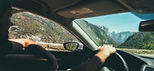 为什么老司机开车都喜欢离方向盘远一点?