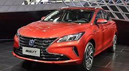 换代后还是中国最美两厢车?新逸动XT 8万起值吗?